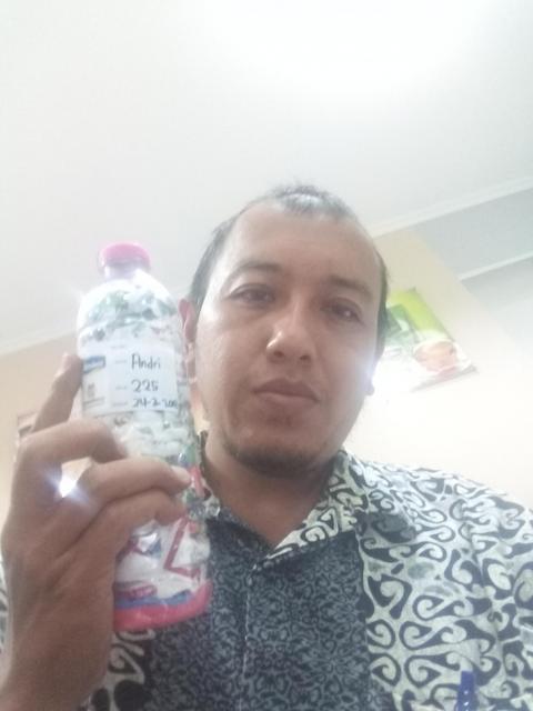 Andri just ecobricked 225g of plastic out of the Cilacap Utara, Indonesia biosphere!