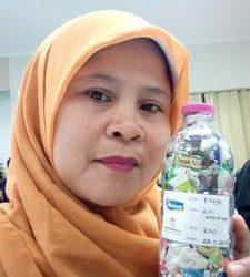 Siti ecobricked 220 g of plastic in Semarang, Indonesia…