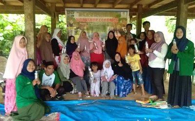 Workshop ecobrick bersama mahasiswa KKN IAI polman dan warga desa pulliwa