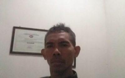 """""""Dengan Ecobrick alam menjadi bersih, sehat dan aman dari racun akibat polusi plastik yang ditimbulkannya"""" by Hari Winarso ecobricking in Indonesia using  CoV-19 Enhanced Ecobricking"""