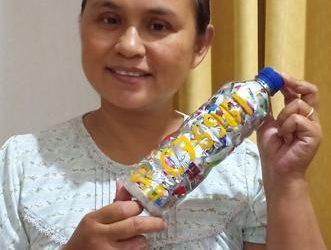 """""""Masih takjub bagaimana mungkin satu botol kecil bisa menampung begitu banyak plastik bekas sehingga tidak sampai menjadi sampah…"""" by endah effiyanti ecobricking in Indonesia using  CoV-19 Enhanced Ecobricking"""